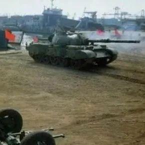 军报这则头条消息标志中国陆军已从跟随者变为领跑者