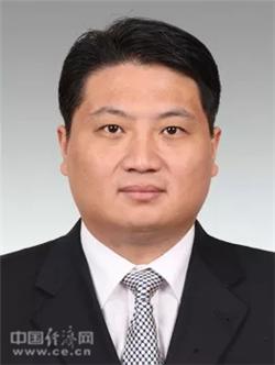 「博彩担保公司」《少年可期》萧敬腾写歌送弟子 黄明昊承认谎报身高