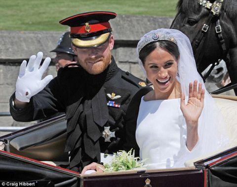 凯特能做什么...梅根也可以!两个非常熟悉,但非常不同的皇家婚礼