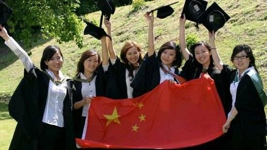 请听美国耶鲁大学研究生薛笑,用自己的亲身经历讲述为什么要回国