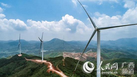 <strong>广西:清洁能源建设如火如荼</strong>