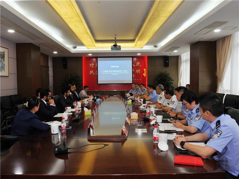 中国阿联酋警方破获假冒名牌服装箱包案,涉案金额十几亿