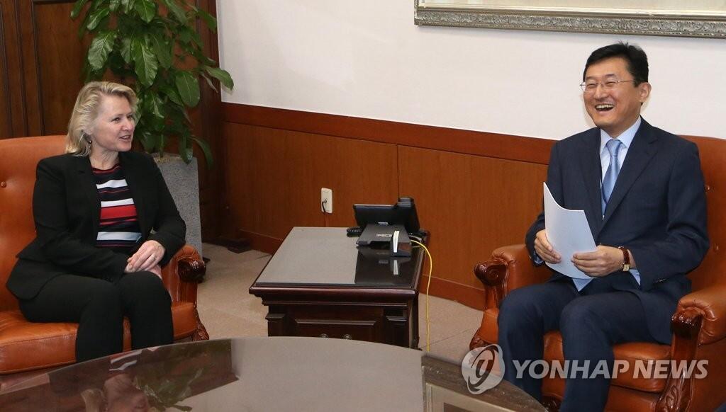 ...韩美两国外长助理当天举行会晤就对朝政策进行协调.-韩朝首脑会谈...图片 65736 1024x582