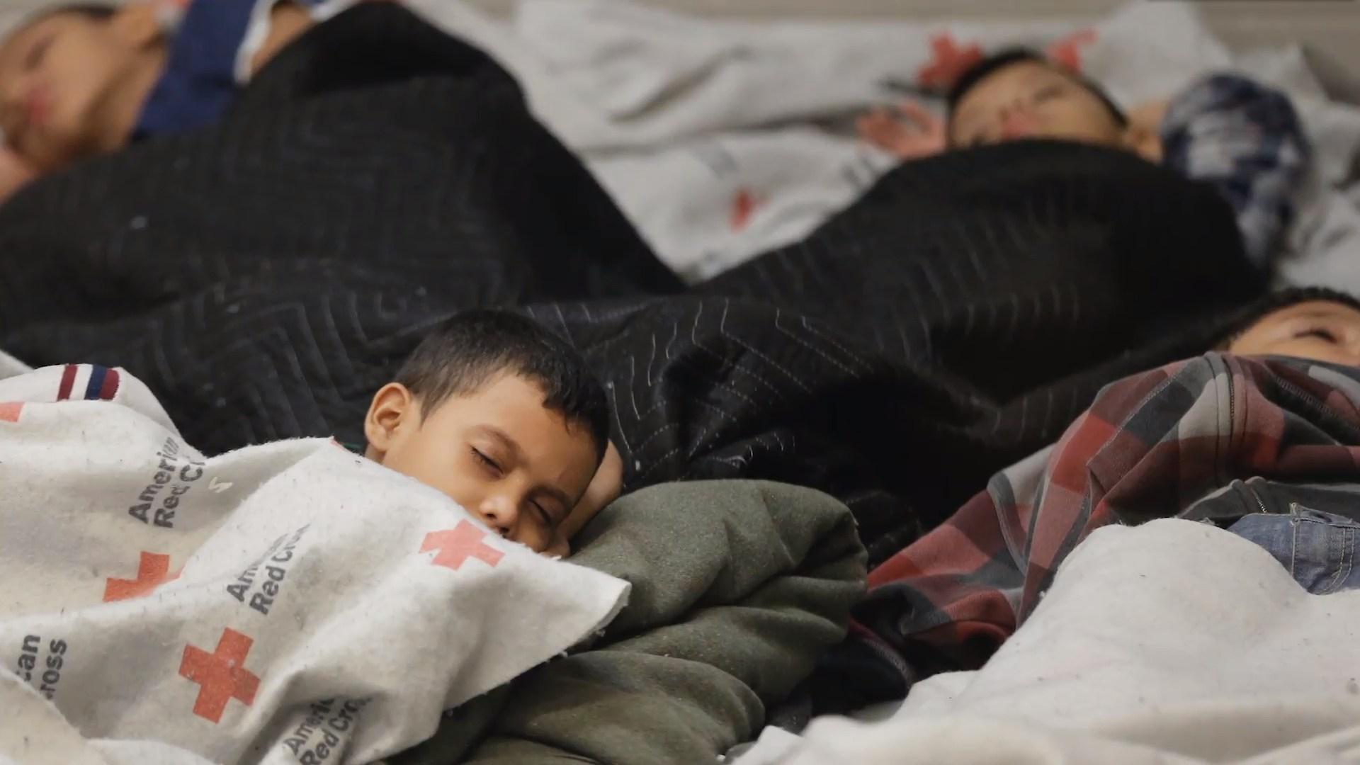 庇护所的孩子们 《纽约时报》视频截图