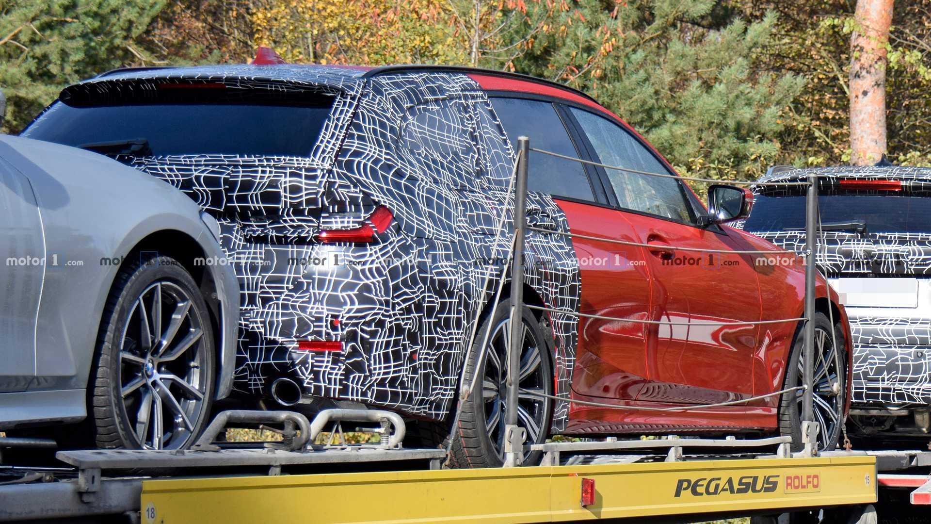 新款宝马3系旅行车曝光 预计明年3月亮相日内瓦