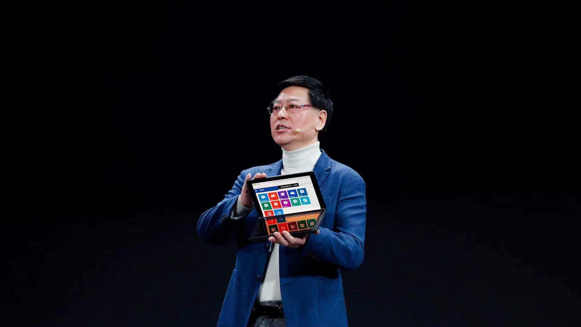 联想推出全球首款5G电脑,贾朝晖预测将于明年一季度上市