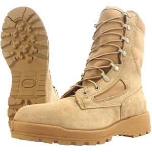 雅虎上销售的Wellco军靴