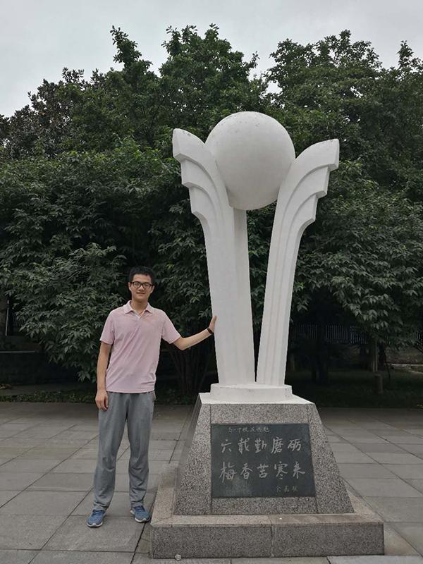 """安徽高分学霸""""成功学"""":""""榨""""干每道题,学科角逐打开视野"""