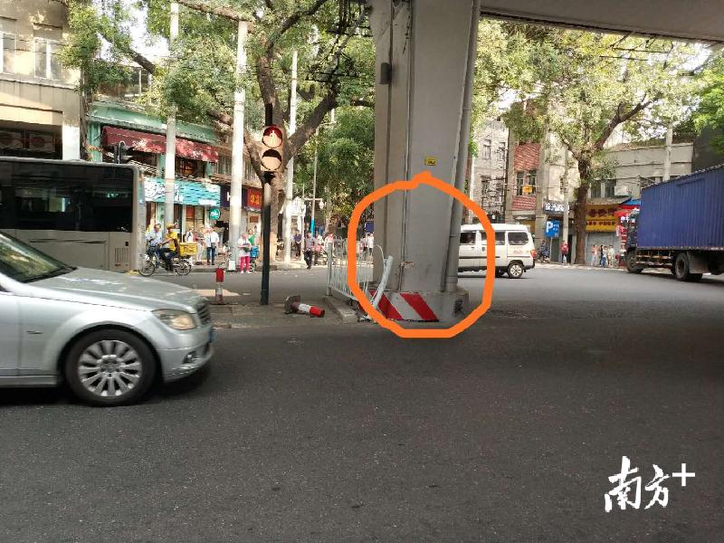 辟谣!广州这起交通事故,车辆不是从高架坠落的!
