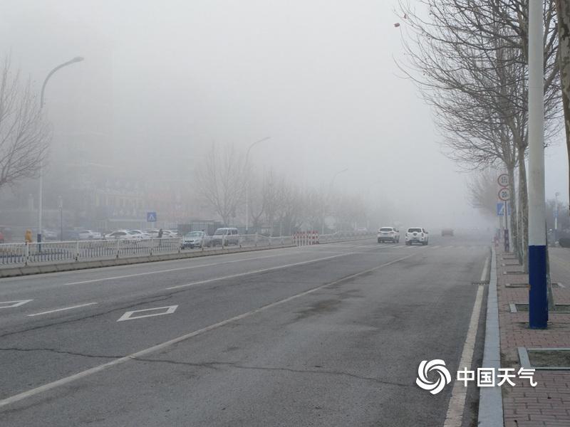 伊朗新增新冠肺炎确诊病例2311例 累计131652例
