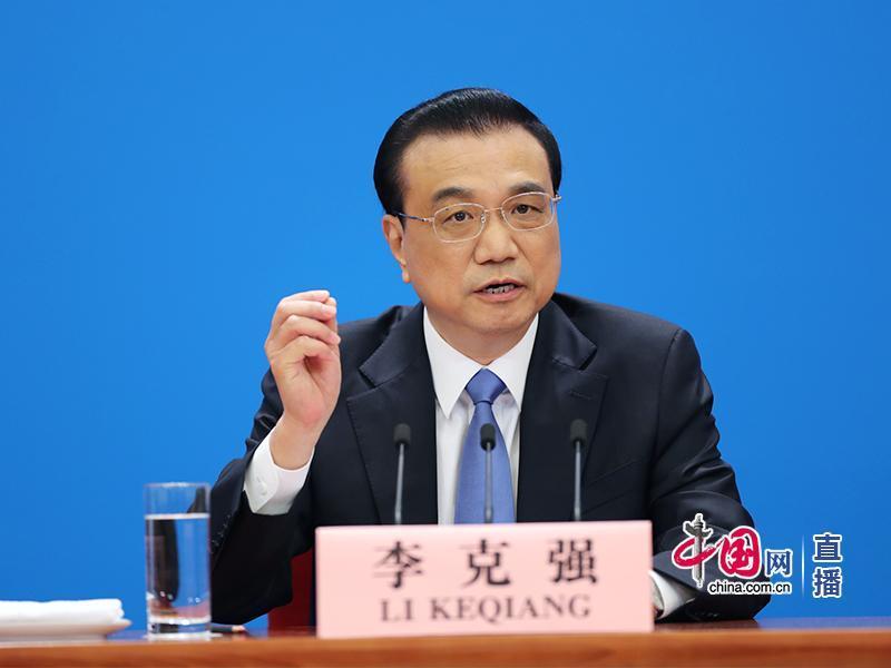国务院总理李克强会见中外记者(中国网 董宁 摄)