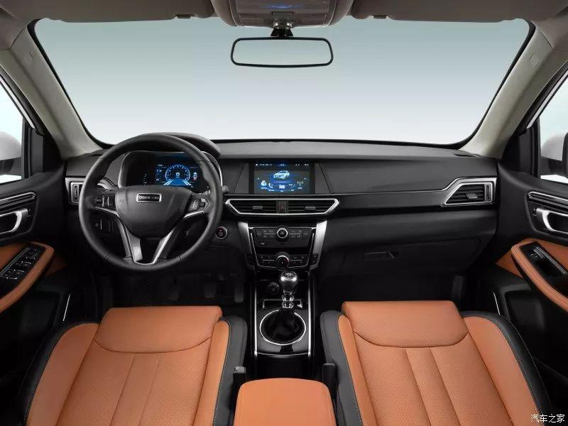 不到6万块的紧凑型SUV,居然有全景天窗、中控大屏,太实惠了!