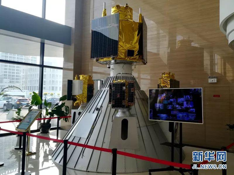 """2015年10月7日,由少光卫星自立研造的我国第一颗商用下分辩率远感卫星""""凶林一号""""卫星正在中国酒泉卫星收射中间胜利收射,我国贸易航天年夜幕由此推开。"""