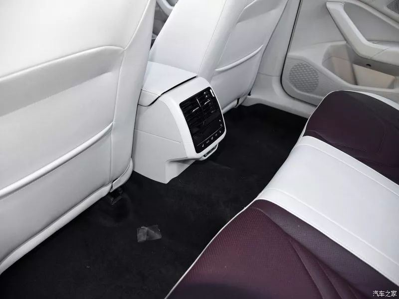 舒适还是运动、十万级别家轿怎么选?