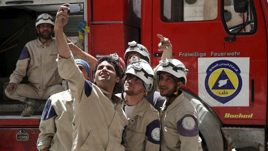 俄媒:叙利亚白头盔组织欲再次制造化武袭击事件