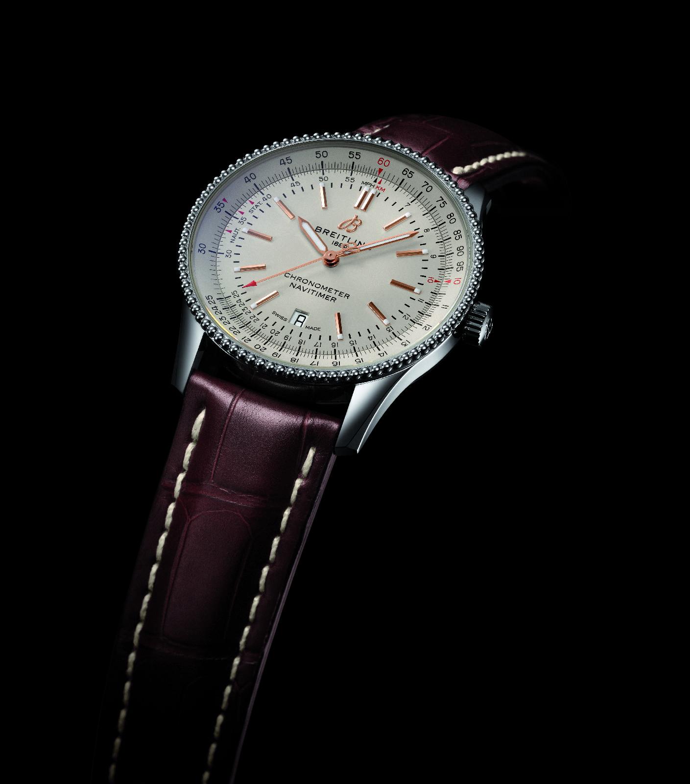 百年灵航空计时1主动机器手表。图/BREITLING百年灵供图