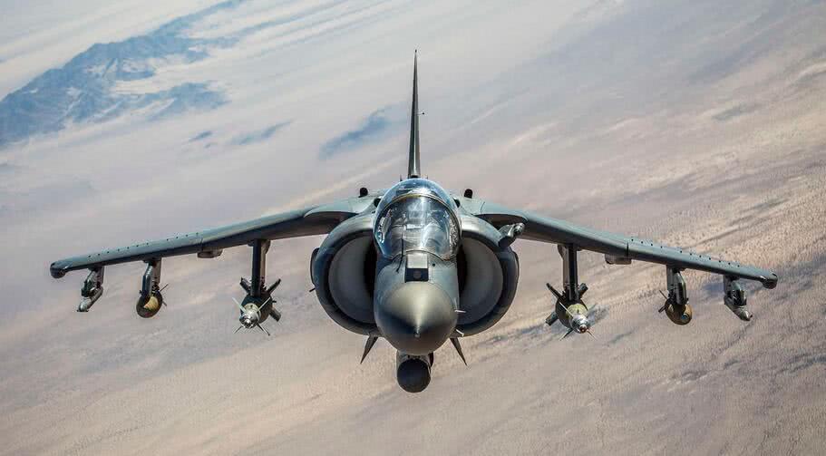 美军两天遭三记重锤:F-16坠毁!48小时三次坠机