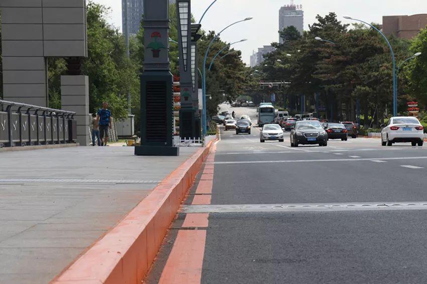 长春南湖大桥市民观赏音乐喷泉应该怎么停车?