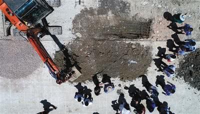 江苏一企业跨市掩埋数千吨化工废料 责任人被刑拘