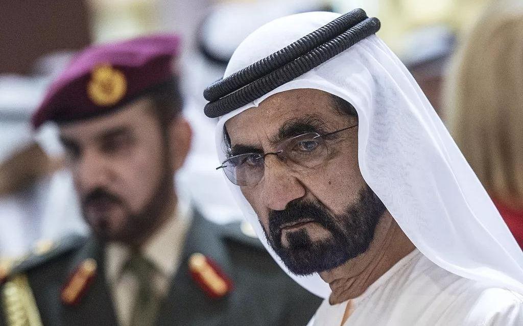 迪拜酋长花三千万买一匹马,传奇酋长过着怎样的生活?