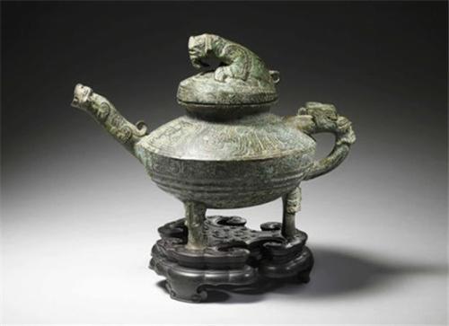"""西周时期的稀有青铜器""""虎鎣""""将在英国肯特郡拍卖。(英国《华闻周刊》资料图)"""