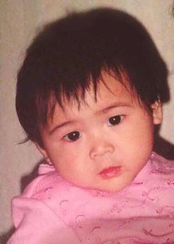 18岁美籍华人女孩录视频寻生身父母,两年前曾回湘寻亲未果