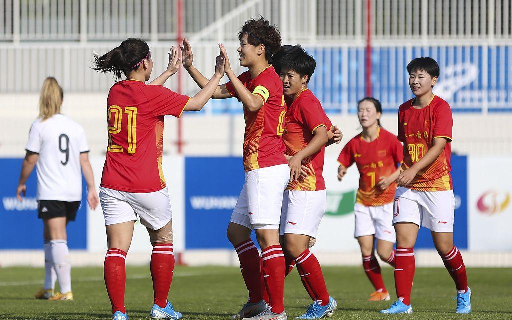 任桂辛梅开二度,军运会中国女足两连胜提前出线