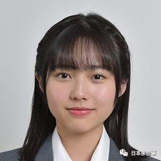 淺見沙也(若林薫飾):一眼就能看出家教很好的熱愛社團活動的書法部女子