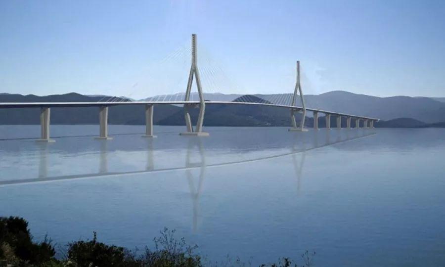 ▲佩列沙茨跨海大桥设计图