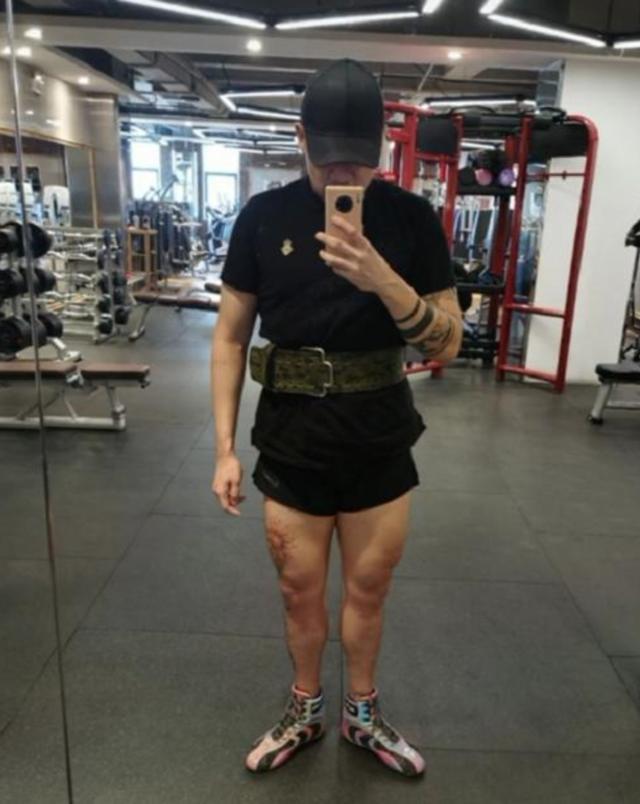 李代沫晒健身近照,纹身超狂野,与网友互掐:不对为什么不能怼?