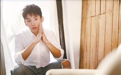"""【中国梦·践行者】亲身经历""""失联""""的等待 21岁CEO为留学生做""""安保"""""""