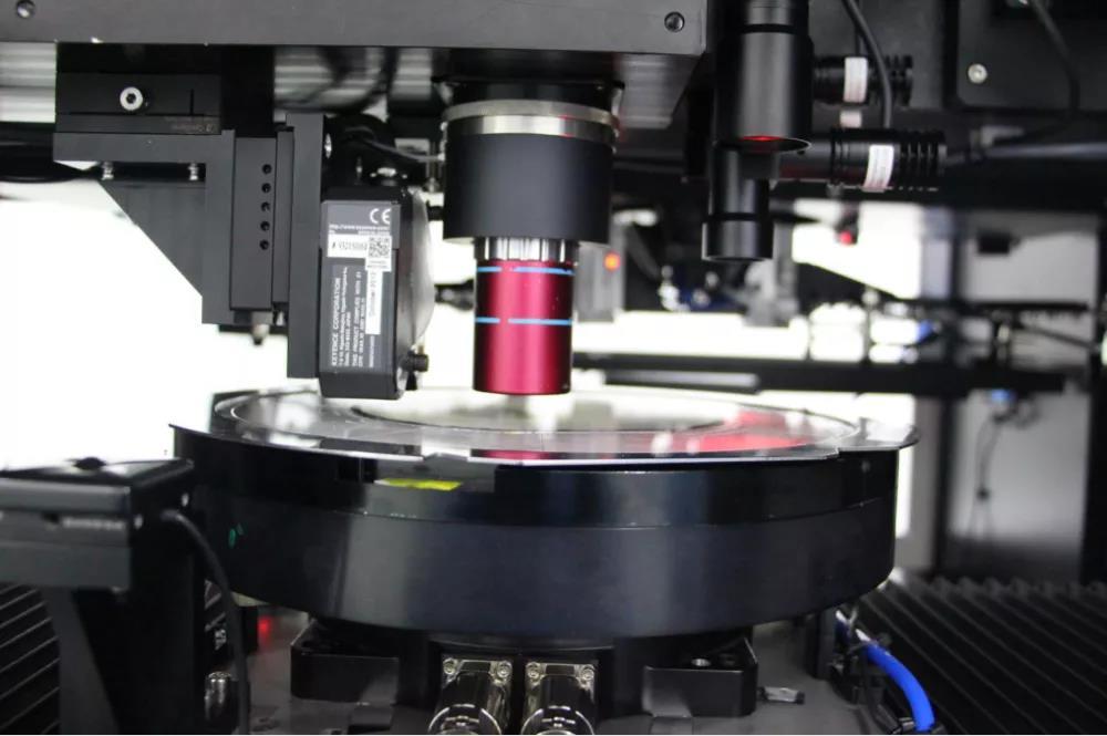 中国电子研制出我国首台半导体激光隐形晶圆切割机图片