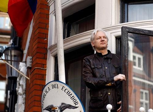 美媒:美国引渡维基解密老板阿桑奇新插曲 瑞典放弃起诉