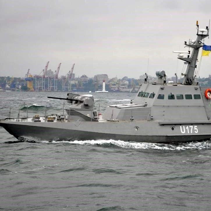 """俄乌冲突一触即发,黑海上再现""""我舰奉命撞击你舰""""!"""