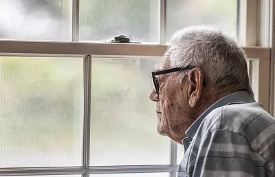 阿尔茨海默病日|中国阿尔茨海默病患者约千万,何裕民教授教你防治老年痴呆