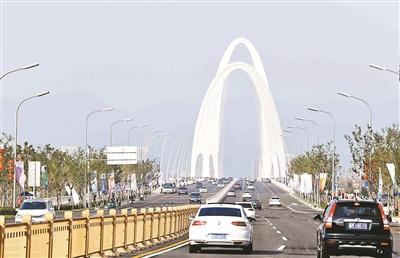 新首钢大桥昨日正式通车