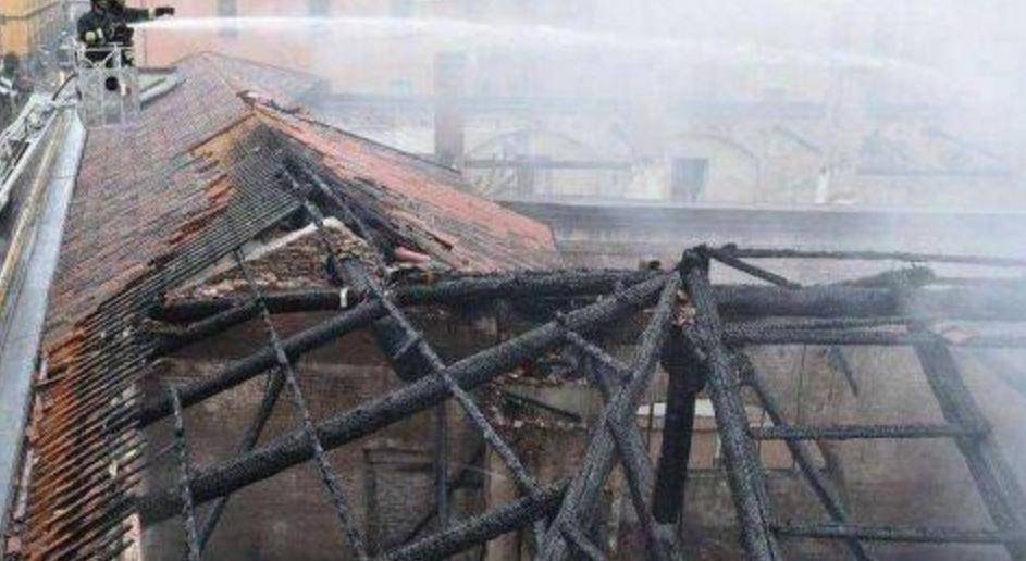 继巴黎圣母院之后 意大利世界文化遗产遭火烧