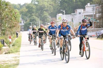 紫金昨举办超百公里骑行活动 500余名骑行者参加