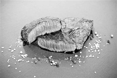 FDA和美国农业部将携手监管细胞培育出来的肉类。图片来源:美国《科学》杂志官网
