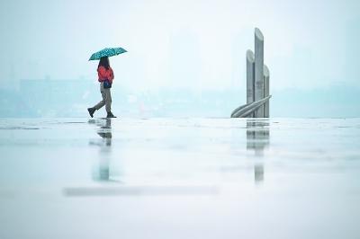 """小雨只是""""一日游""""未来三天多云"""
