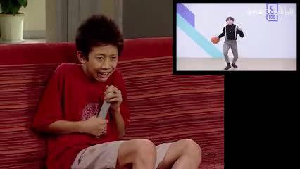 刘星在家看蔡徐坤打篮球,吓得躲进被窝瑟瑟发抖!