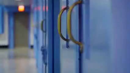 美国教育纪录片《少年犯》,看看西方国家是如何处理青少年犯罪事