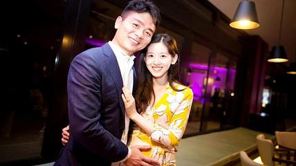 刘强东章泽天同游瑞士,两人牵手女儿破婚变传言