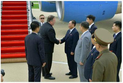 蓬佩奥6日抵达朝鲜(图片来源:朝中社)