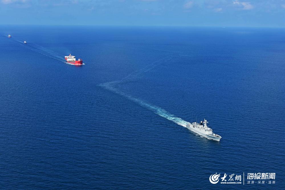 多图直击:海军第33批护航编队实战化多科目融合训练
