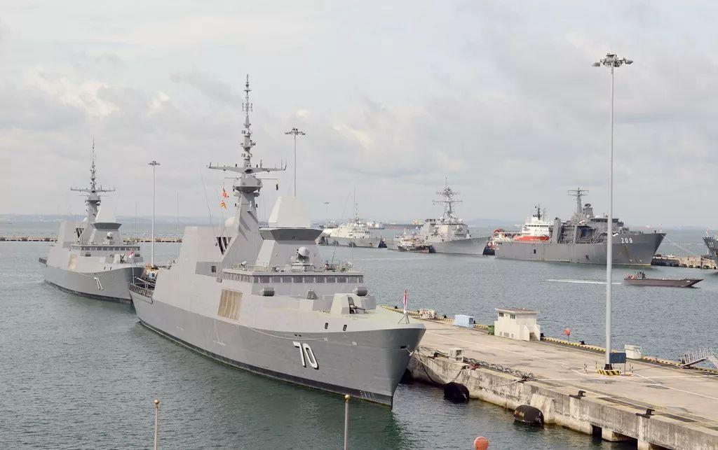 美媒:中国海军加速现代化 美国在东亚快承受不住了投标书封条