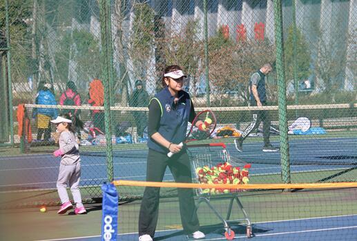 2019萨马兰奇网球时间走进云南曲靖