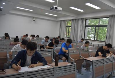 我校2018上半年大学英语四六级考试顺利完成