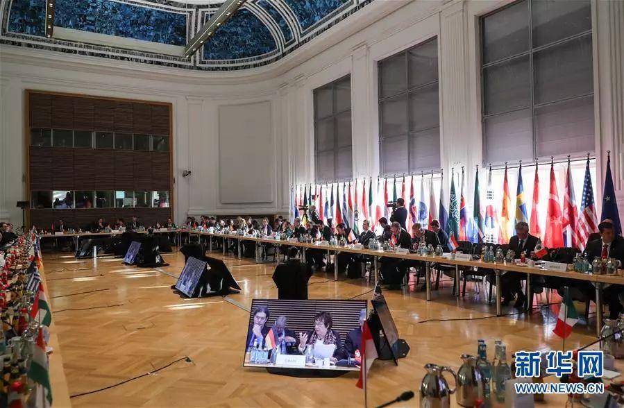 ▲资料图片:2017年11月30日,钢铁产能过剩全球论坛部长级会议在德国柏林举行。