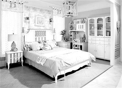 上层方便小朋友睡觉,下面可以学习,读书,松堡王国的上下床兼具多重